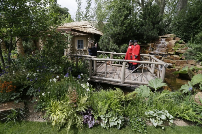 Experience the Chelsea Flower Show with Insight Vacations