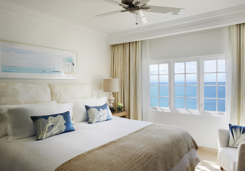 omar_500x350_room_one_bedroom_ocean_view_suite01