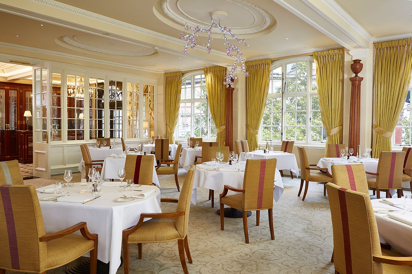 The goring in london is awarded its first michelin star for Dining room suites images