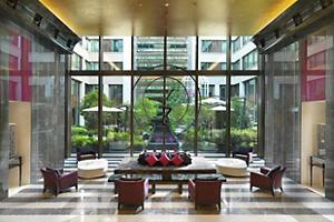 paris-hotel-lobby