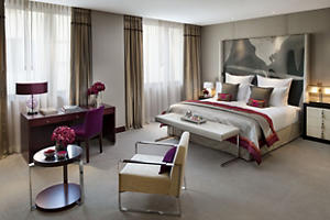 paris-room-mandarin-room