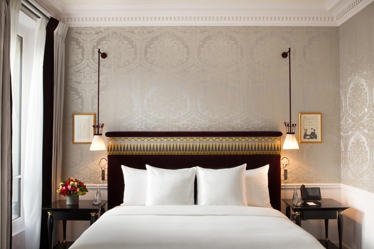 La-Reserve-Paris-Hotel-chambre-Prestige-