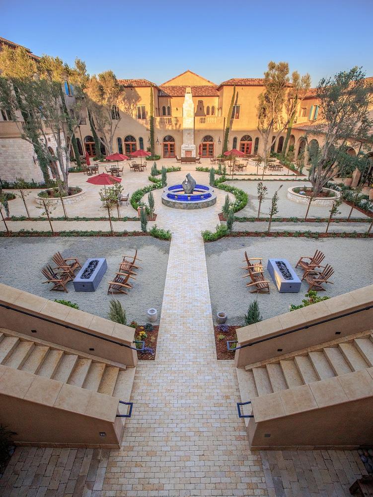 pr_courtyard